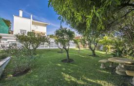 Spacious villa with a garden and an indoor pool, Lisbon, Portugal for 3,680,000 $