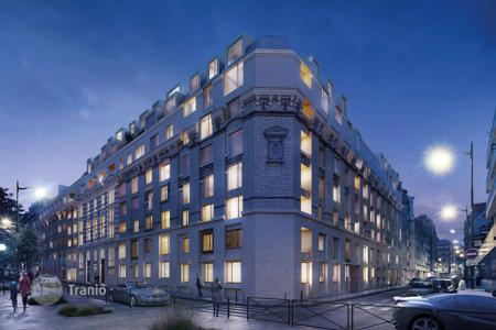 Cheap apartments for sale in Ile-de-France. Modern studio in a new built-in in the heart of Paris