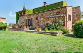 Property for sale in Sinalunga. Fabulous villa in Siena, Italy