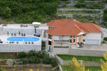 Property for sale in Dubrovnik Neretva County. Villa