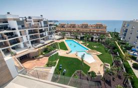 3 bedroom apartments for sale in Valencia. Penthouse with private solarium and sea views in Aguamarina