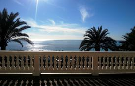 Luxury houses with pools for sale in Bordighera. Luxury villa for sale in Bordighera