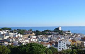 5 bedroom houses by the sea for sale in Catalonia. Villa – Sant Pol de Mar, Catalonia, Spain