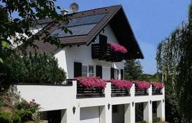 Luxury property for sale in Austria. Privileged villa with a swimming pool and spacious rooms, Korneuburg, Austria