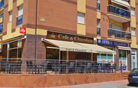 Cheap property for sale overseas. Renovated cafe in a prestigious area, in the resort town of Lloret de Mar, Costa Brava
