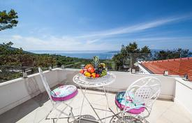 Villas and houses to rent in Croatia. Detached house – Baška Voda, Split-Dalmatia County, Croatia