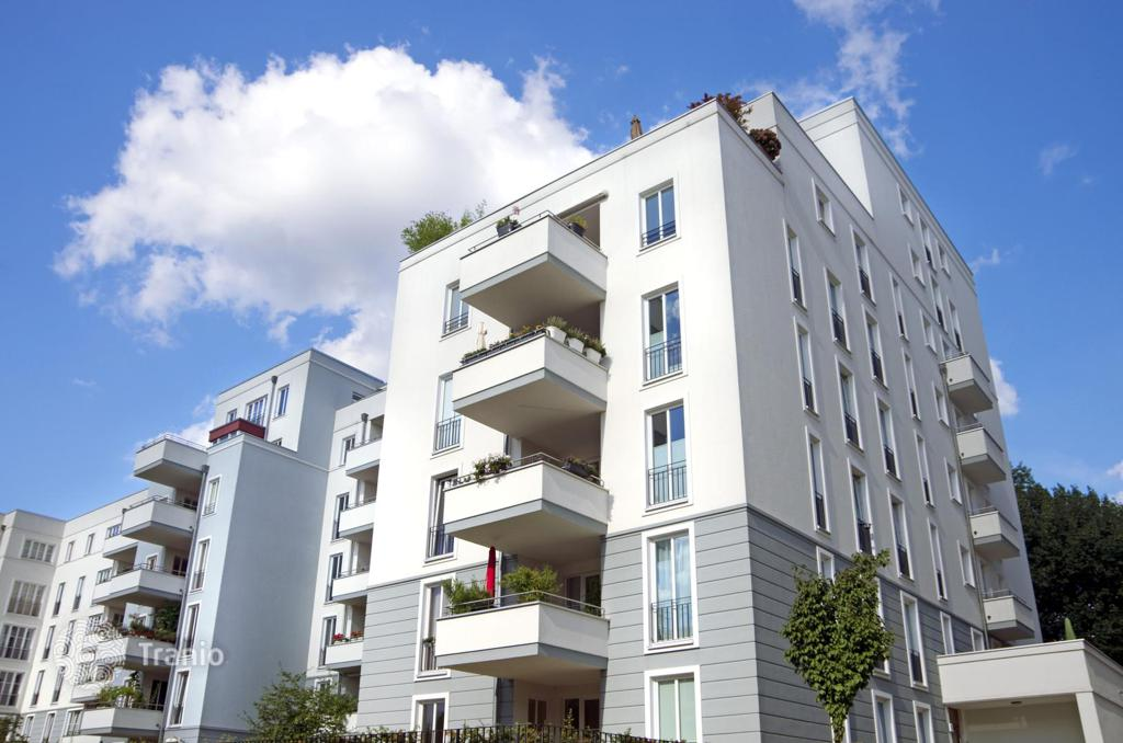 Apartment For Rent With Yield Of 1.2%, Munich, Germany · 589,000 U20ac