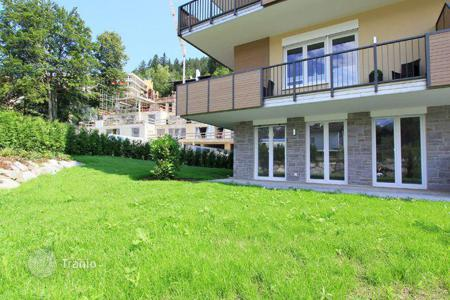 2 bedroom apartments for sale in Bavaria. Two-bedroom apartment with a terrace in Garmisch-Partenkirchen