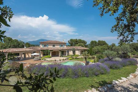 Luxury property for sale in Valbonne. Valbonne - Nearby the old village