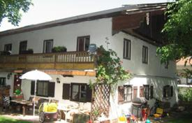 Residential for sale in Miesbach. The house with a large plot, Otterfing, Germany