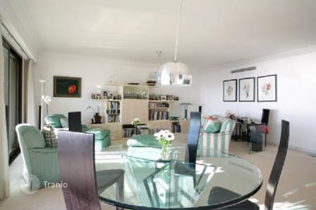 Residential for sale in Monaco. Apartment with 2 terraces and parking, near the Jardin Exotique, Monaco