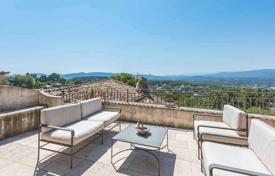 Apartments for sale in Mougins. Mougins - In the village