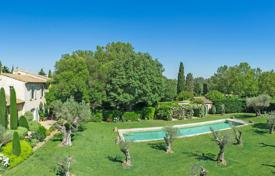 Property for sale in Bouches-du-Rhône. Alpilles — Slendid stud farm