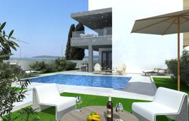 Coastal new homes for sale in Croatia. Spacious apartments in a modern complex on the first line, Fažana, Istria