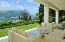 Luxury 6 bedroom houses for sale in Lombardy. Luxury Villa with pool and views of lake Garda in San Felice del Benaco