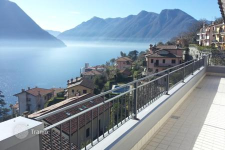 Cheap apartments for sale in Lombardy. Lake Como, Sala Comacina apartment N. 1 with pool
