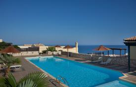 3 bedroom apartments by the sea for sale in Crete. Apartment – Rethimnon, Crete, Greece