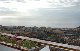 Apartments with pools for sale in Tenerife. Apartment – Adeje, Canary Islands, Spain