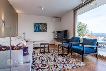 Property for sale in Split-Dalmatia County. Two-level penthouse with two terraces, three parking lots in the garage under the house, prestigious district, 100 m from the beach, Split