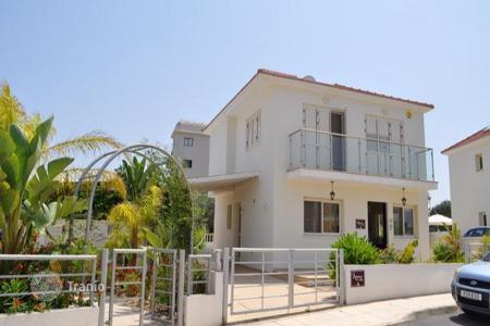 3 bedroom houses for sale in Pernera. Luxurious Three Bedroom Villa with Swimming Pool