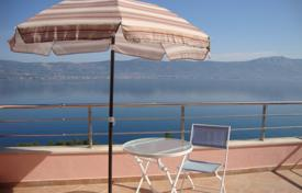1 bedroom apartments by the sea for sale in Croatia. Spacious apartment with a balcony and a sea view in a house with a communal pool, Slatine, Croatia