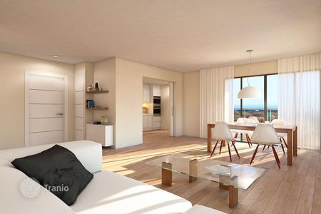 1 bedroom apartments by the sea for sale in Spain. Modern apartment with terrace, in a residence with garden, swimming pool and parking, in Jávea, Alicante, Spain