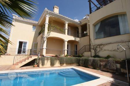 Property for sale in Istán. Villa for sale in Sierra Blanca Country Club, Istan