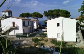 Cheap property for sale in San Vito Chietino. Apartments with sea view in new residential complex, 100 meters from the beach in San Vito Chietino, Italy