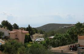 Cheap property for sale in Cumbre. Land for building of 0 bedrooms in Benitachell