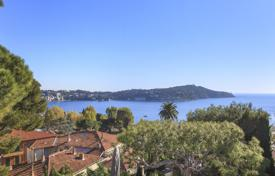 Luxury 6 bedroom houses for sale in Côte d'Azur (French Riviera). Stunning contemporary villa — Villefranche