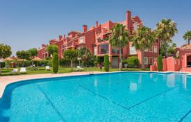 3 bedroom houses for sale in Costa del Sol. Wonderful Sunny Duplex Penthouse, Monte Halcones, Benahavis