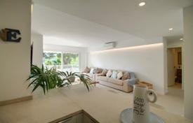 3 bedroom apartments for sale in Balearic Islands. Modern apartment with a terrace and a parking in a complex with a garden, a pool and a direct access to the sea, Santa Ponsa, Spain