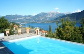 Luxury 5 bedroom houses for sale in Italian Lakes. Villa – Lake Como, Lombardy, Italy