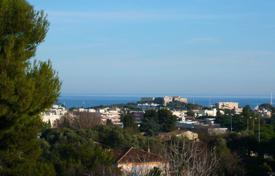 5 bedroom houses for sale in Antibes. Antibes -Residential area — Panoramic sea view
