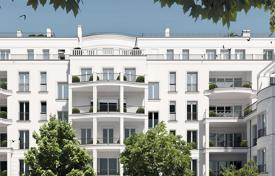 Luxury 3 bedroom apartments for sale in Germany. New penthouse with terrace and garden on the roof next to the boulevard Kurfürstendamm, Charlottenburg, Berlin