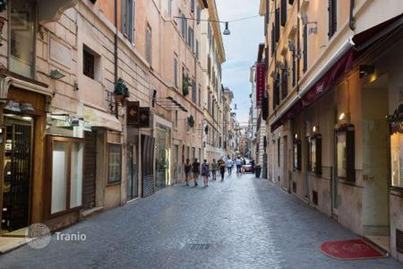 Retail property for sale in Italy. Shop – Rome, Lazio, Italy