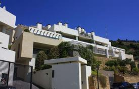 Luxury 6 bedroom apartments for sale in Costa del Sol. Huge duplex penthouse with amazing views