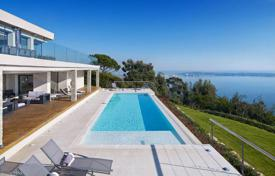 Luxury houses for sale in Cannes. Cannes Californie — Panoramic Sea View