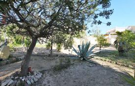 Cheap 3 bedroom houses for sale overseas. Elche, La Marina. Detached villa 154 m² built with 252 m² of plot