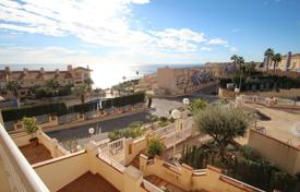 2 bedroom apartments by the sea for sale in Dehesa de Campoamor. Two-bedroom apartment just 200 meters from the beach in Dehesa de Campoamor, Alicante, Spain