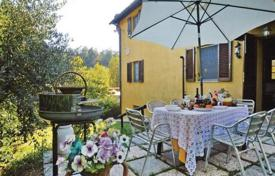 Villa with a restaurant and a swimming pool in San Gimignano, Tuscany, Italy for 730,000 €