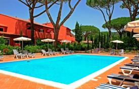 Apartments for sale in Tuscany. Apartment – Siena, Tuscany, Italy