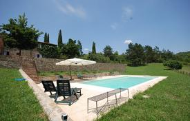Residential to rent in Arezzo. Villa Ornina