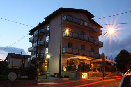 Hotels for sale in Italian Lakes. Three-star hotel with restaurant, spa and swimming pool near Lake Garda in Peschiera del Garda