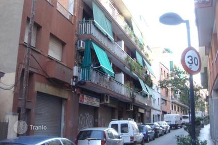 Bank repossessions apartments in Barcelona. Apartment – Badalona, Barcelona, Catalonia,  Spain