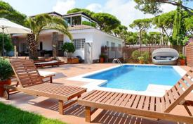 Luxury houses for sale in Costa del Garraf. Villa – Castelldefels, Catalonia, Spain