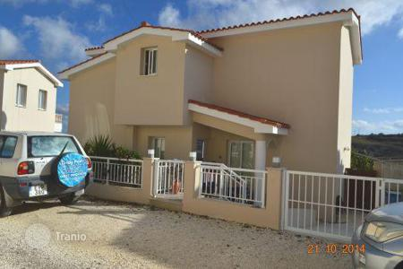 Property for sale in Tsada. Detached 3 Bedroom Villa, Elevated Position — Tsada