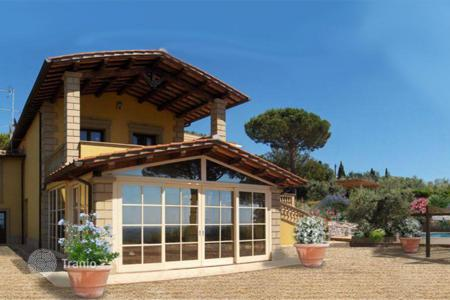 Houses with pools for sale in Castagneto Carducci. Detached house - Castagneto Carducci, Tuscany, Italy