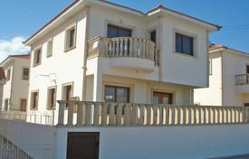 3 bedroom houses by the sea for sale in Oroklini. Three Bedroom Detached House with Title Deeds
