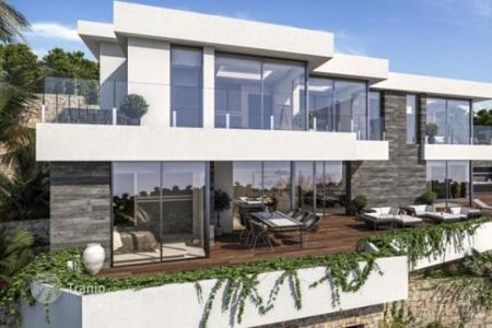 Luxury 4 bedroom houses for sale in Benissa. Villa of 4 bedrooms in Benissa